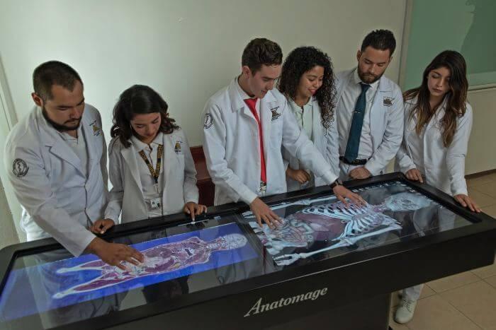 Universidad de medicina en Oaxaca