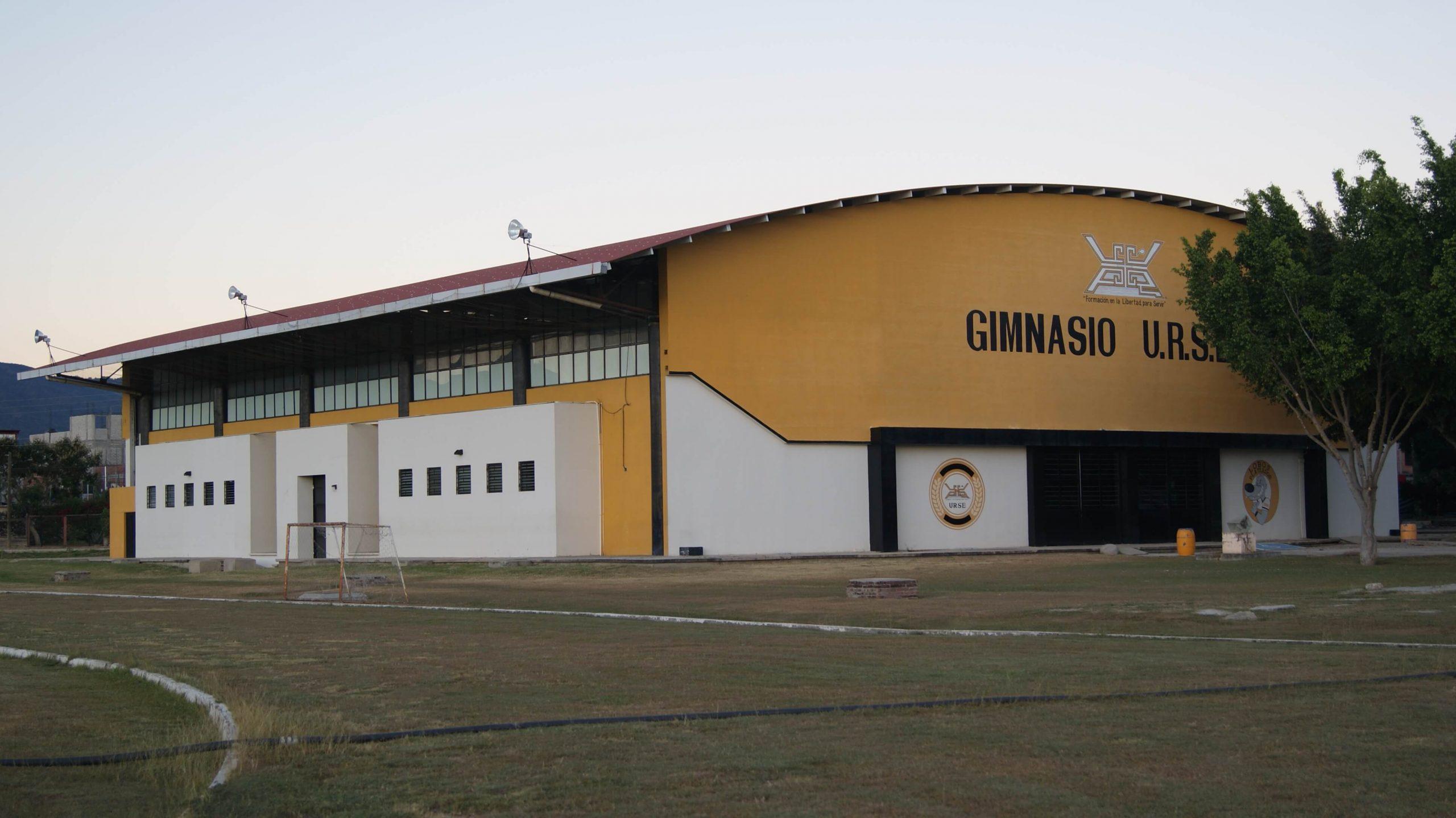 GIMNASIO-02